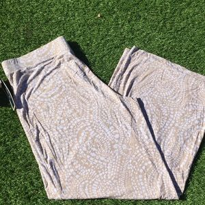Chartclub Soft weekend wide leg pants NWT B9